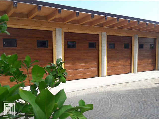 sezionale per garage